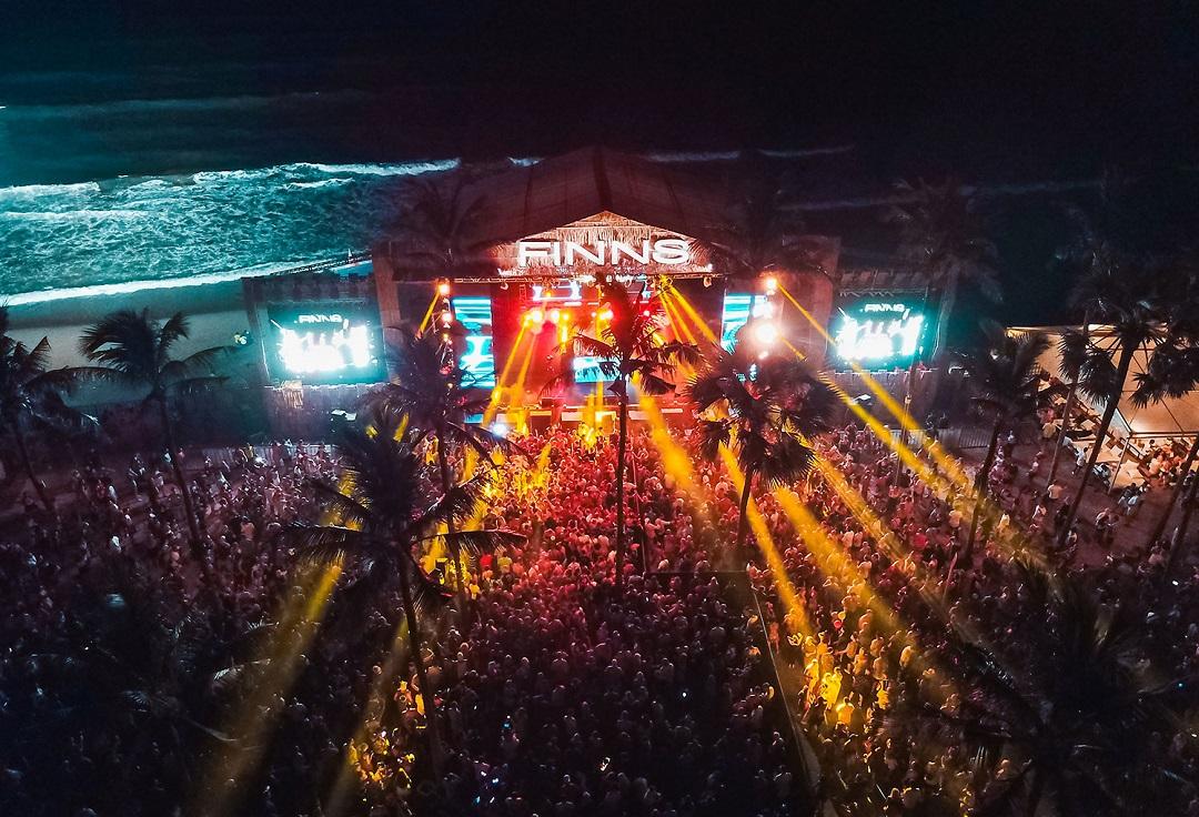 Tahun Baru di FINNS Beach Club Bali Dewata ID