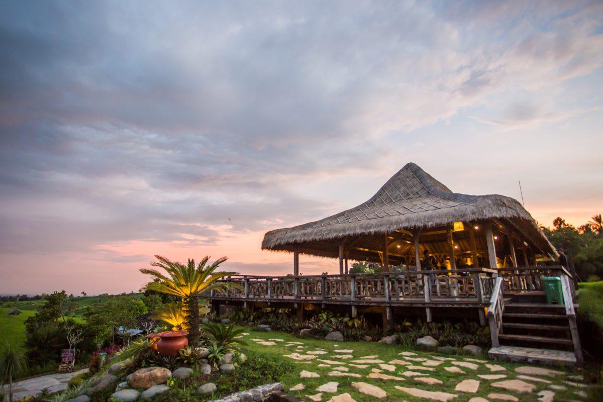 Gong Jatiluwih Restoran Tabanan Dengan Pemandangan Indah