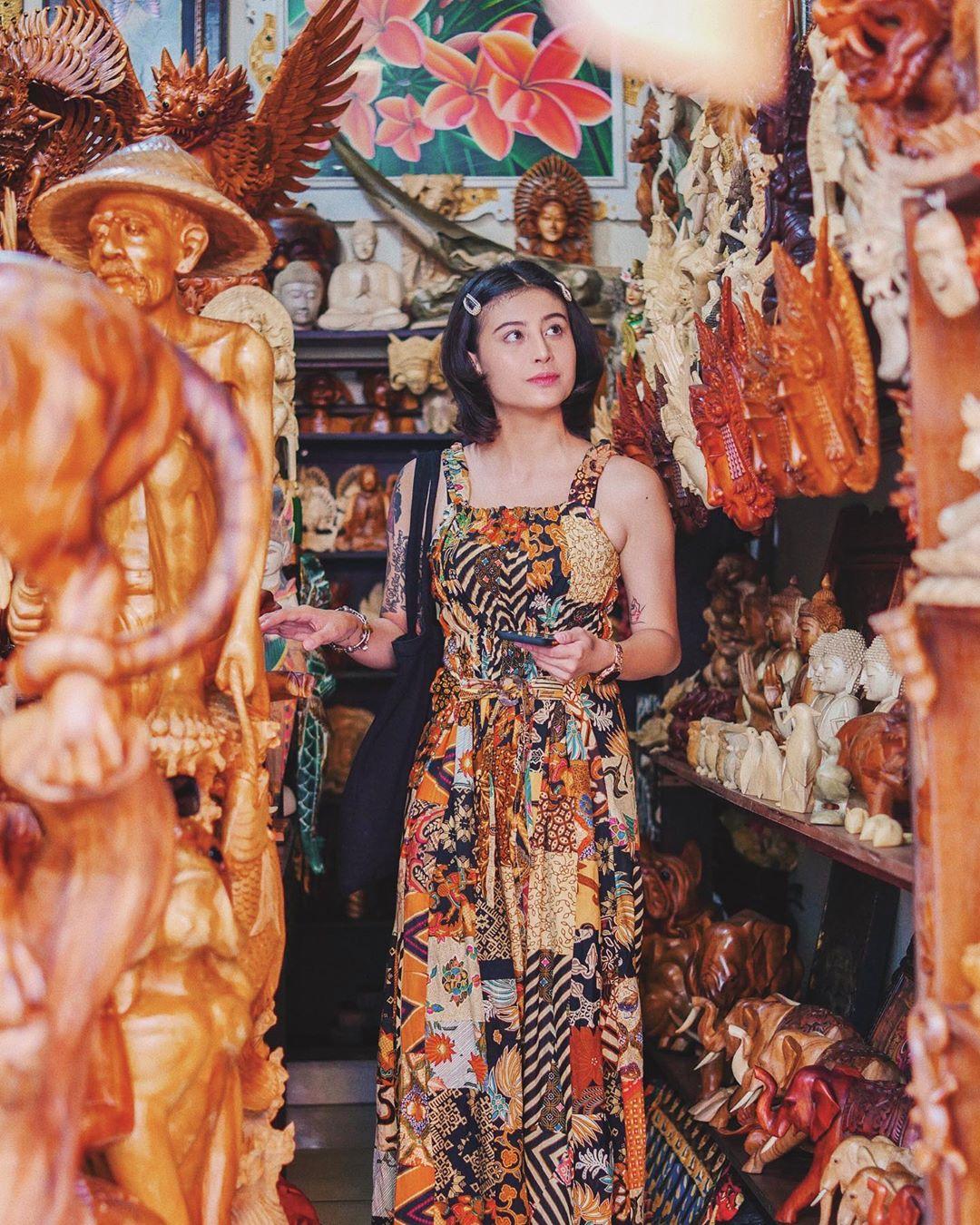 Pasar Seni Sukawati Gianyar Bali Awkarin - Dewata ID