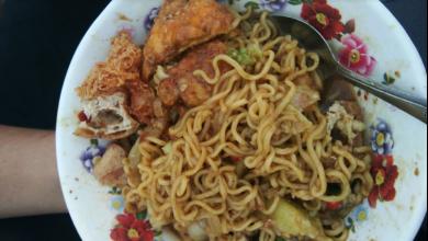 Mie Lontong Tahu Badrun Kuliner Unik Denpasar